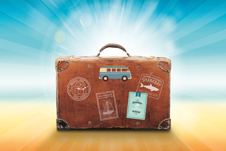 Travel Packing Essentials - Traveling Checklist Thumbnail